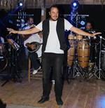 Στον Άγιο Δομίνικο γνωστός Έλληνας τραγουδιστής: Η πρώτη φωτογραφία και το μήνυμά του!