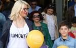 Paparazzi:  Η Εύη Φραγκάκη σε έξοδο με τον γιο της, Σταύρο!