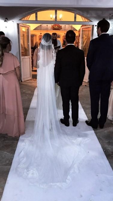 Το ζευγάρι της ελληνικής showbiz παντρεύτηκε με θρησκευτικό γάμο κα βάφτισε τον γιο του