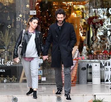 Paparazzi: Κοινή εμφάνιση για την Αθηνά Οικονομάκου και τον Φίλιππο Μιχόπουλου, λίγες εβδομάδες μετά τον μυστικό τους γάμο