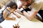 8 φράσεις που δεν πρέπει να λέμε στα παιδιά μας
