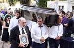 Θρήνος στην κηδεία του τραγουδιστή, Γιάννη Καλατζή
