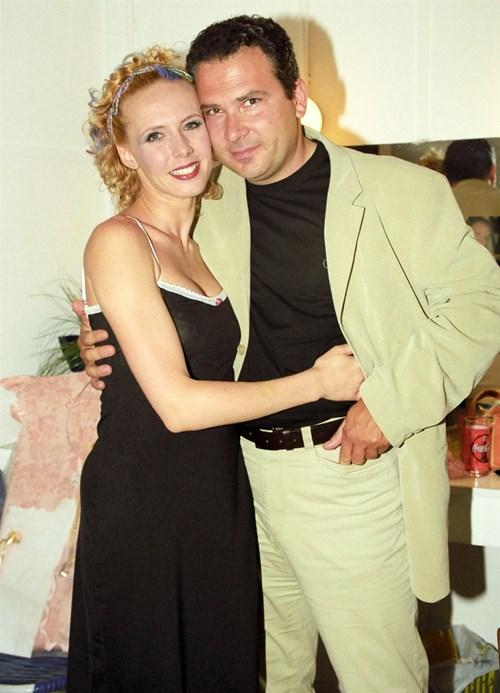 <span class=categorySpan colorPink>Weddings/</span>Ο πρώην σύζυγος της Εβελίνας Παπούλια παντρεύτηκε! Στο πλευρό του η ηθοποιός και η κόρη τους