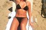 Η Ελληνίδα ηθοποιός διαθέτει κορμάρα στα 49 της και ιδού η απόδειξη!