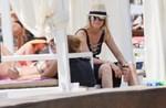 Paparazzi! Η Ιλένια Ουίλιαμς στην παραλία με μαγιο: Δείτε πως είναι το σώμα της χωρίς ρετούς!