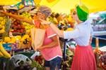 Μαρία Ηλιάκη: Ψώνια στο μανάβικο της γειτονιάς της!