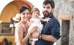 Σίσσυ Φειδά – Γιώργος Ανδρίτσος: Το φωτογραφικό άλμπουμ από την βάπτιση της κόρης τους, Διώνης!