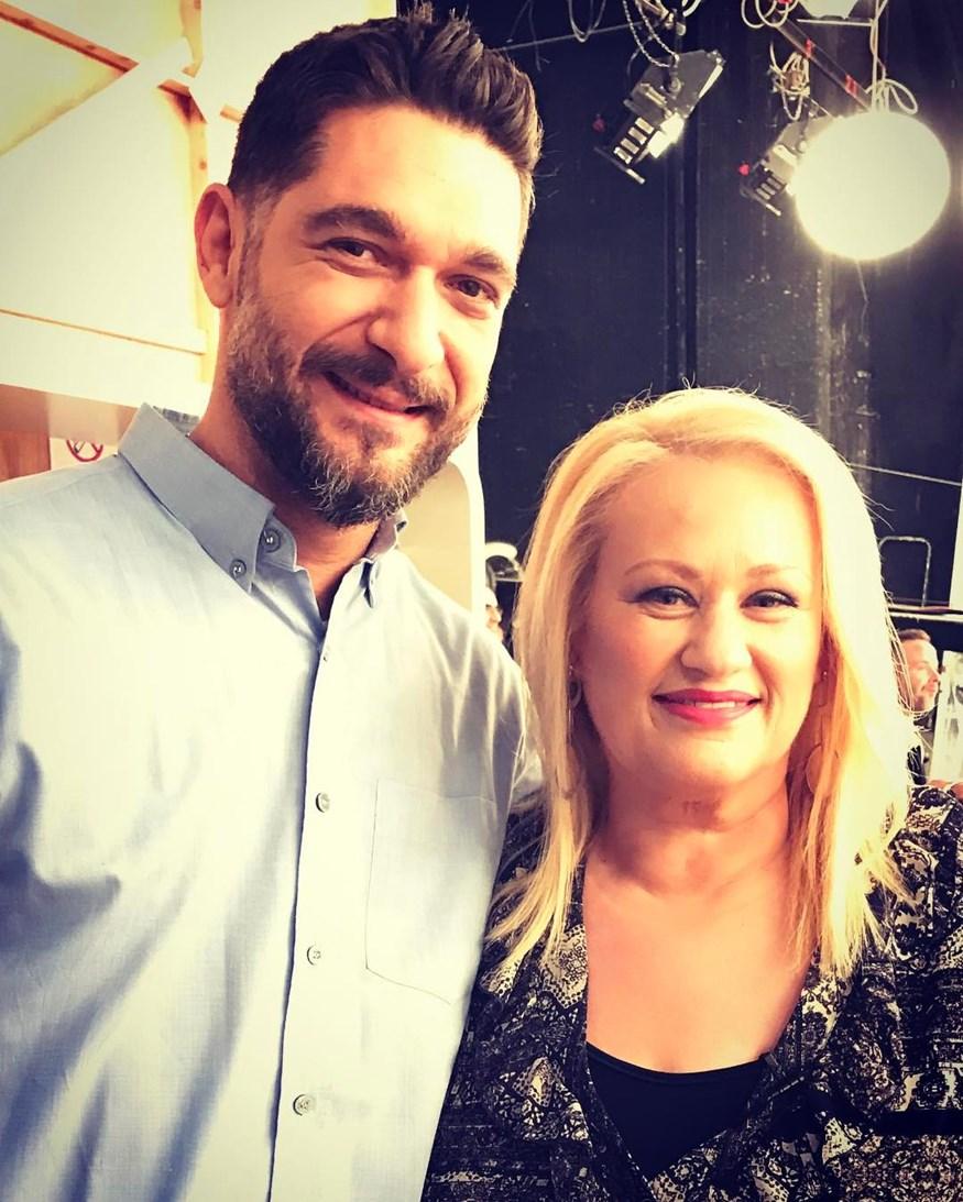 Άση Μπήλιου: Τα δημόσια κολακευτικά λόγια για τον Πάνο Ιωαννίδη και η selfie στο πλατό των Καραβάτου-Κατσούλη!