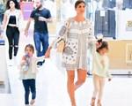 Paparazzi! Σταματίνα Τσιμτσιλή: Βόλτα με τις κόρες της σε εμπορικό κέντρο!