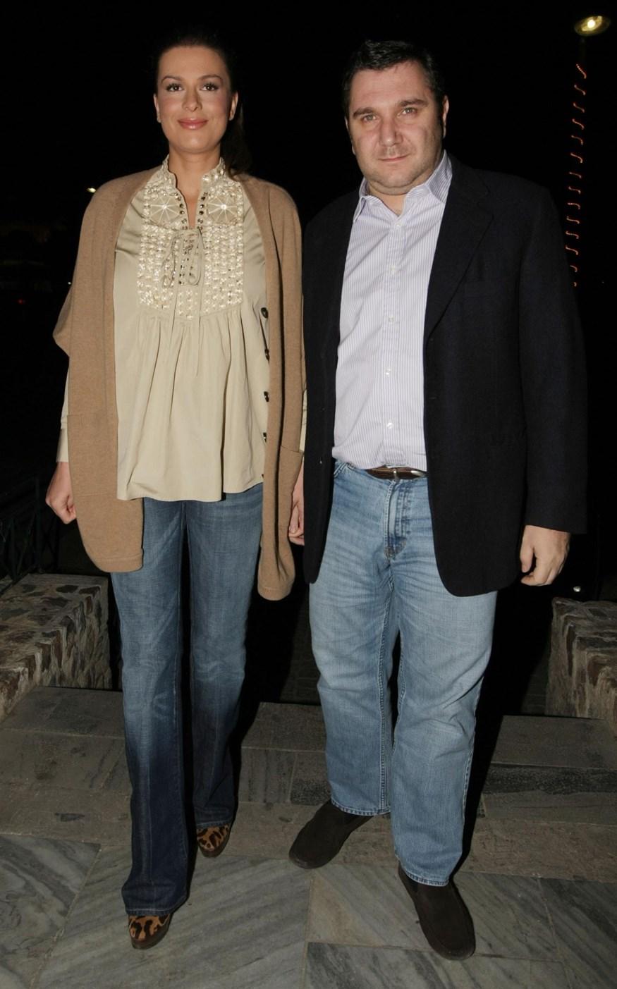 Paparazzi! Νέες φωτογραφίες από την πρώτη επίσημη έξοδο του Παύλου Βαρδινογιάννη, μετά τον χωρισμό από τη Τζίνα Αλιμόνου!