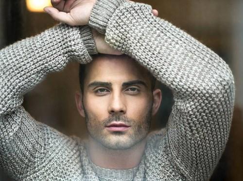 <span class=categorySpan colorRed>Exclusive/</span>Ο Αλέξανδρος Μίρτος στο FTHIS.GR: Το νέο τραγούδι, η προσωπική του ζωή και ο λόγος που δεν θα πήγαινε σε talent show!