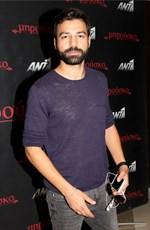 Αγνώριστος ο Ανδρέας Γεωργίου: Δείτε τον ηθοποιο της σειράς Μπρούσκο με το νέο του look