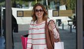 Paparazzi! Η Στέλλα Καλλή για αγορές σε μεγάλο εμπορικό κέντρο!