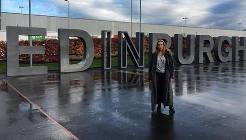 <span class=categorySpan colorRed>Celebrity/</span>Εβελίνα Παπούλια: Εντυπωσιαμένη από το ταξίδι στο Εδιμβούργο με το Νίκo Κοκλώνη!
