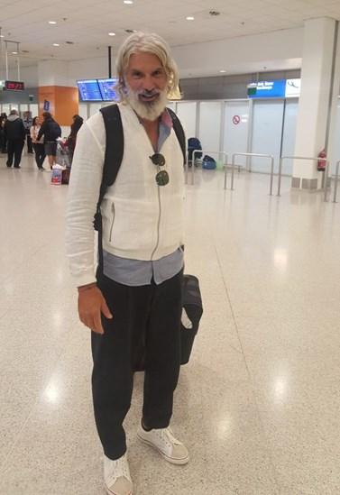 Ο Μάνος Πίντζης επέστρεψε στην Ελλάδα μετά την οικειοθελή αποχώρησή του από το Nomads! Οι πρώτες φωτογραφίες μόνο στο FTHIS.GR