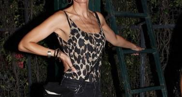 Πασίγνωστη Ελληνίδα ηθοποιός άλλαξε την ηλικία της στο internet και έβαλε πέντε χρόνια μικρότερη!