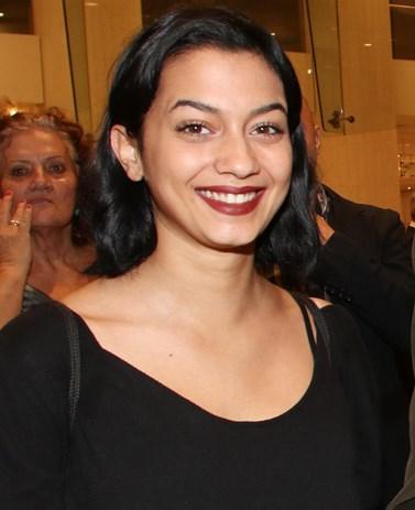 Είναι η κόρη πασίγνωστου Έλληνα ηθοποιού - Πόσο μοιάζει με τον μπαμπά της;