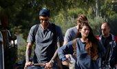 Paparazzi! Γιώργος Πρίντεζης - Στέλλα Κωστοπούλου: Η πρώτη βόλτα με τη νεογέννητη κορούλα τους