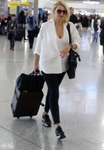Η Κωνσταντίνα Σπυροπούλου έφυγε για Αμερική!