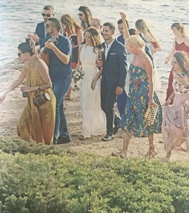 Γάμος Μπουσδούκου - Ιωαννίδη: Δείτε για πρώτη φορά φωτογραφίες με την παρουσιάστρια ντυμένη νύφη!