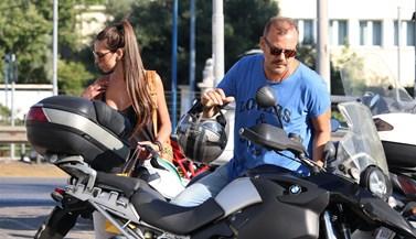Full in love! Ο Τόνυ Δημητρίου σε δημόσια έξοδο με τη σύντροφό του!