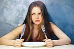 Βραδινό γεύμα: Αυτά είναι τα βασικά λάθη που κάνουμε!