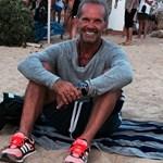 Πέτρος Κωστόπουλος: Μας έδειξε το λαχταριστό πρωινό που έφαγε με θέα τη Σαντορίνη!