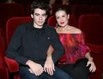 Ευγενία Μανωλίδου: Ο 22χρονος γιος της, Αλέξανδρος, ποζάρει σαν μοντέλο! Φωτογραφίες