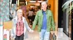 Μαρία Μπεκατώρου: Χέρι-χέρι με τον σύζυγό της σε εμπορικό κέντρο