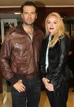 Το ζευγάρι της ελληνικής showbiz βρίσκεται ένα βήμα πριν τον χωρισμό!