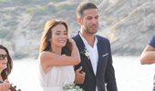 Μπουσδούκου - Ιωαννίδης: Δείτε το άλμπουμ του παραμυθένιου γάμου τους σε 64 φωτογραφίες