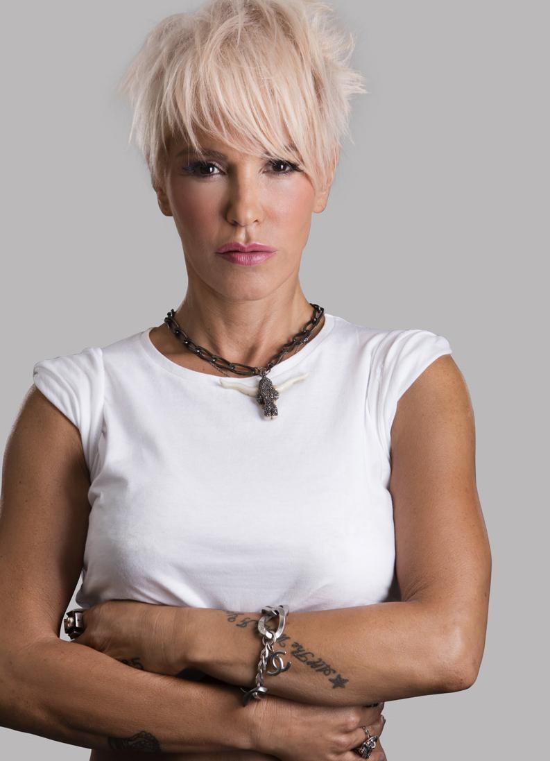 Νατάσα Καλογρίδη: Η πρώτη εμφάνιση της ηθοποιού στην τηλεόραση, 23 χρόνια πριν!