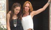 Η κόρη της Εβελίνας Παπούλια επιστρέφει στην Ελλάδα! Το δημόσιο μήνυμα της ηθοποιού