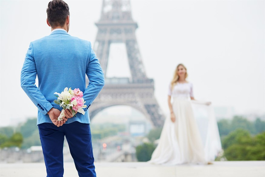 Η Ελληνίδα καλλονή παντρεύεται στο Παρίσι - Όλες οι λεπτομέρειες!