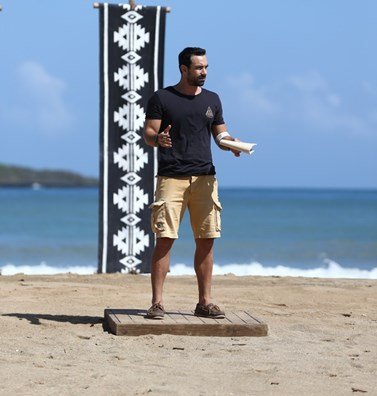 Survivor 2: Ο Σάκης Τανιμανίδης απαντάει ανοιχτά στις κακές κριτικές για την επιλογή της ομάδας των Διασήμων