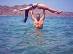 Χριστίνα Μπόμπα: Ποζάρει με το bikini της σε παραλία του Άγιου Δομίνικου
