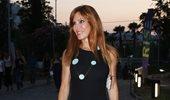 """Ατύχημα για τη Βίκυ Χατζηβασιλείου: Όλη η αλήθεια για την αναβολή των γυρισμάτων του """"Πάμε Πακέτο"""""""