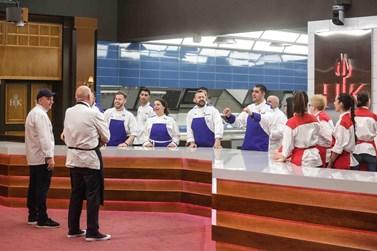 Hells Kitchen: Η έκπληξη των παικτών στον Έκτορα Μποτρίνι!