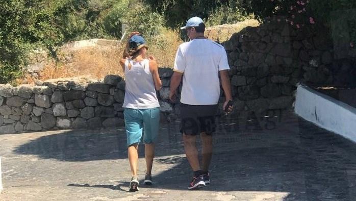 Νέος έρωτας για την Τζένη Μπαλατσινού; Χεράκι-χεράκι στα σοκάκια της Πάτμου με τον…