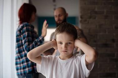 Διαζύγιο και παιδί. Τι προβλέπει ο νόμος για την επιμέλεια και την επικοινωνία