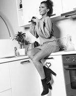 Η Χριστίνα Κολέτσα μπήκε στην κουζίνα του σπιτιού της! Δείτε τι ετοίμασε για την ημέρα του Βαλεντίνου!