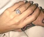 Έκανε πρόταση γάμου στην αγαπημένη του, ανήμερα του Αγίου Βαλεντίνου!