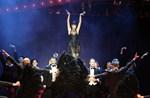 Cabaret: 40 Φωτογραφίες από τη λαμπερή πρεμιέρα στο Θέατρο Παλλάς!