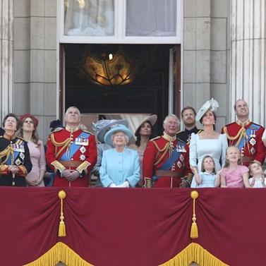Νέος γάμος στο Παλάτι: Παντρεύεται η εγγονή της βασίλισσας Ελισάβετ, πριγκίπισσα Ευγενία