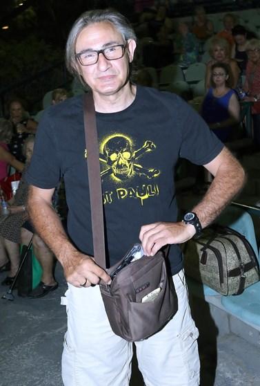 Ο Άκης Σακελλαρίου χαμογελά ξανά: Η πρώτη φωτογραφία μέσα από το νοσοκομείο και το ευχαριστώ στους γιατρούς