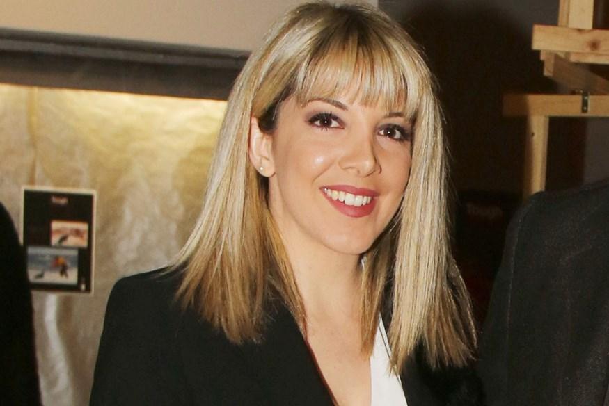 Είναι σύζυγος Έλληνα τραγουδιστή και εντυπωσιάζει με την εμφάνισή της!