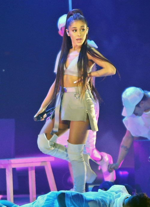 <span class=categorySpan colorPink>Romance/</span>Νέος έρωτας για την Ariana Grande, λίγες ημέρες μετά τον χωρισμό!
