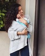 Η Μαρία Νεφέλη Γαζή φωτογραφίζει τον 2,5 μηνών γιο της, λίγο πριν το πρωινό ξύπνημα!