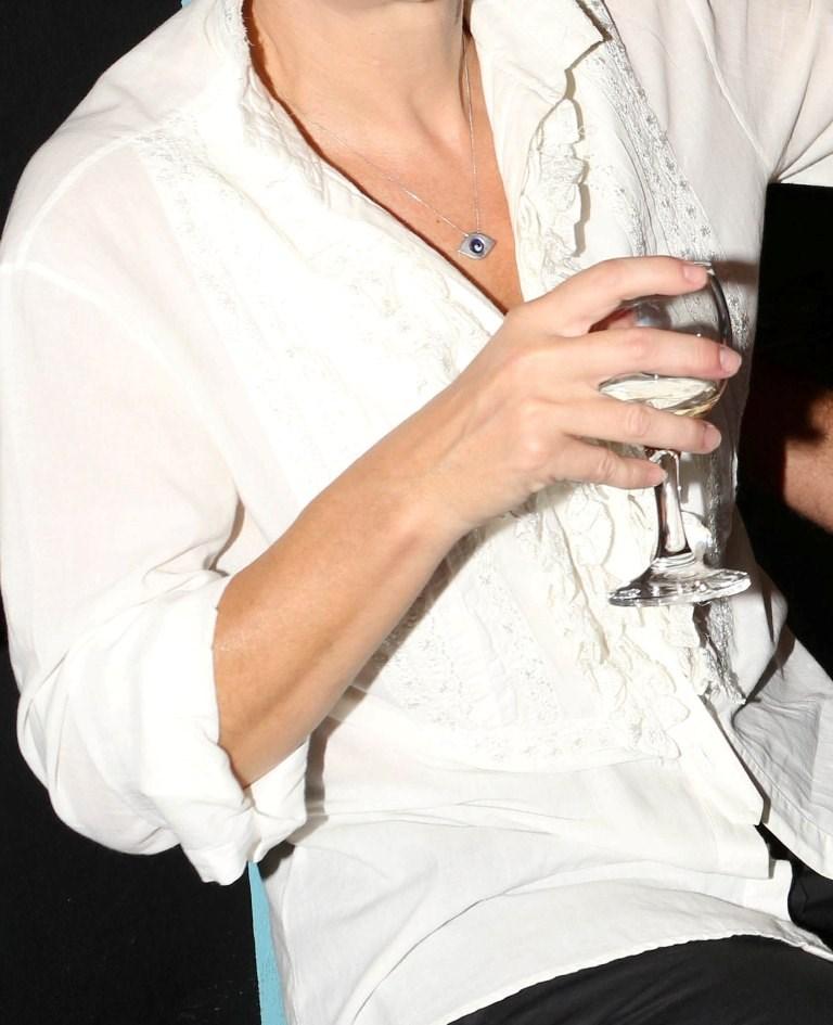 Στην εντατική γνωστή Ελληνίδα ηθοποιός, μετά από σφοδρό τροχαίο