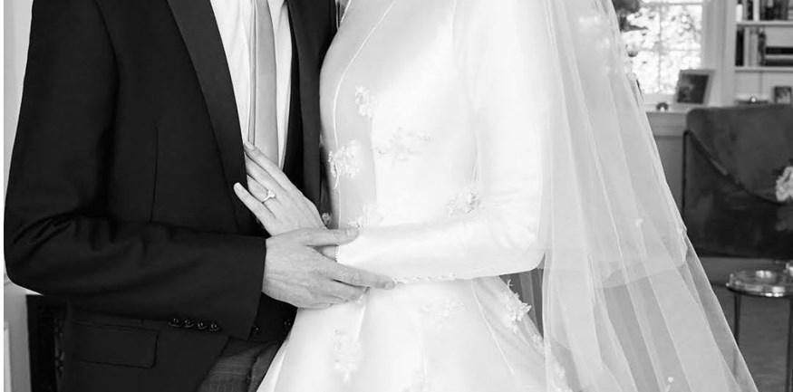 Παντρεύτηκαν πριν από 1,5 μήνα αλλά σήμερα έρχονται στο φως της δημοσιότητας οι πρώτες φωτογραφίες του γάμου τους!